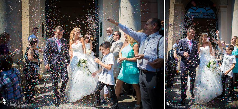 sortie des mariés de la mairie d'ajaccio jeté de confettis